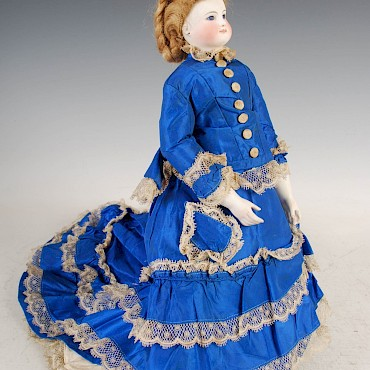 A 19th century German bisque head doll, sold for £2,900