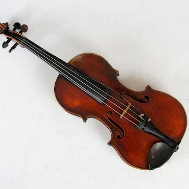 A French violin, Paul Bailly, luthier ancien eleve de J.B. Vuillaume, sold for £5,500